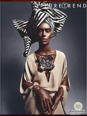 """La série photos """"African Queen"""", parue dans le magazine Numero du mois de mars."""