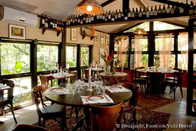 Considerado um dos melhores restaurantes do mundo, Voilà Bistrot mistura ingredientes refinados e pratos típicos da culinária francesa