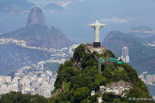 Resultado de imagem para Estátua enorme de Jesus