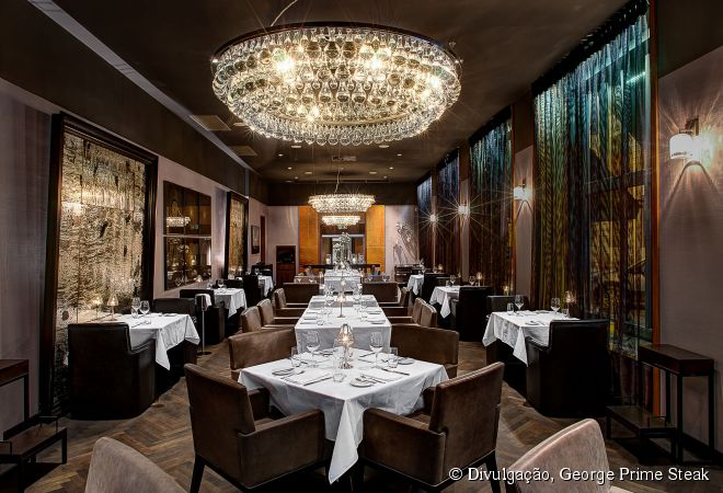 Um dos melhores lugares para comer carnes em Praga é no George Prime Steak, um restaurante especializado em cortes especiais