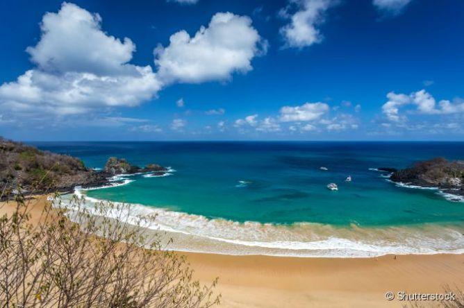 A baía do Sancho já foi escolhida diversas vezes como a melhor praia do mundo