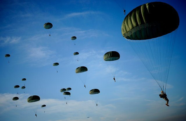 DEATH FROM ABOVE: Trump to Send 82nd Airborne Troops to Back Forces Fighting ISIS