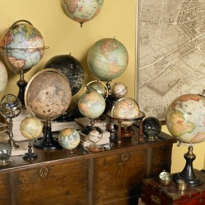 Interior Design Trend  Globes  Learn Why  What Types   Where to Buy         Amassed on a shelf or tabletop  in varying sizes and colors  a  collection of