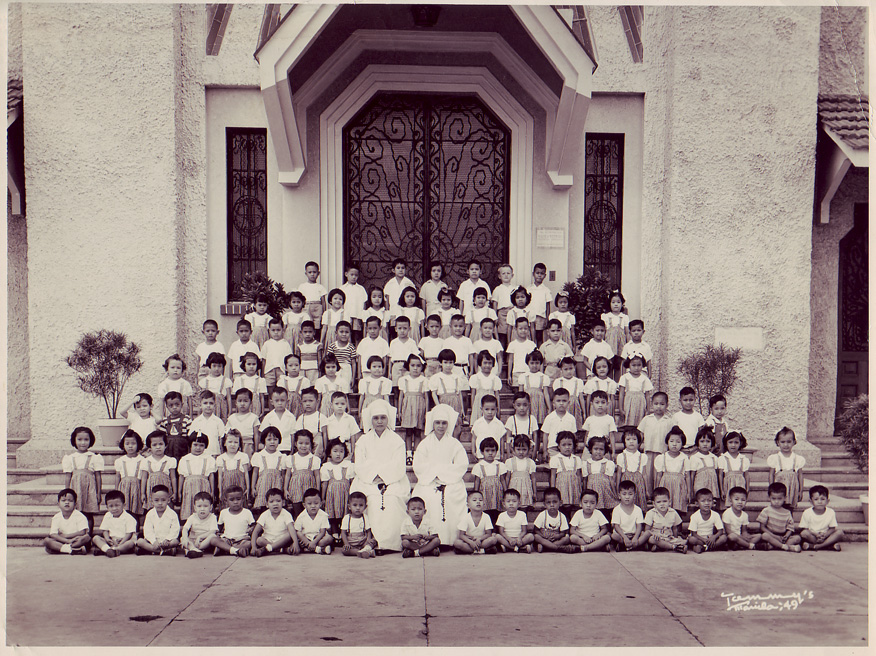 That's me in the 3rd row, 3rd from left.