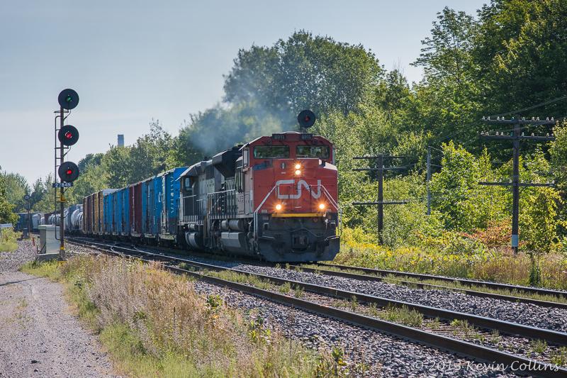 CN 8911 & GTW 5945