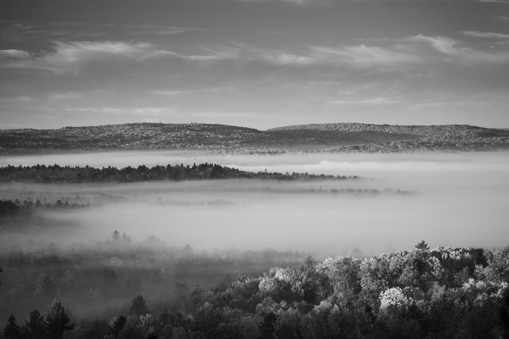 Morning Fog (0.8s, f/16, ISO100)