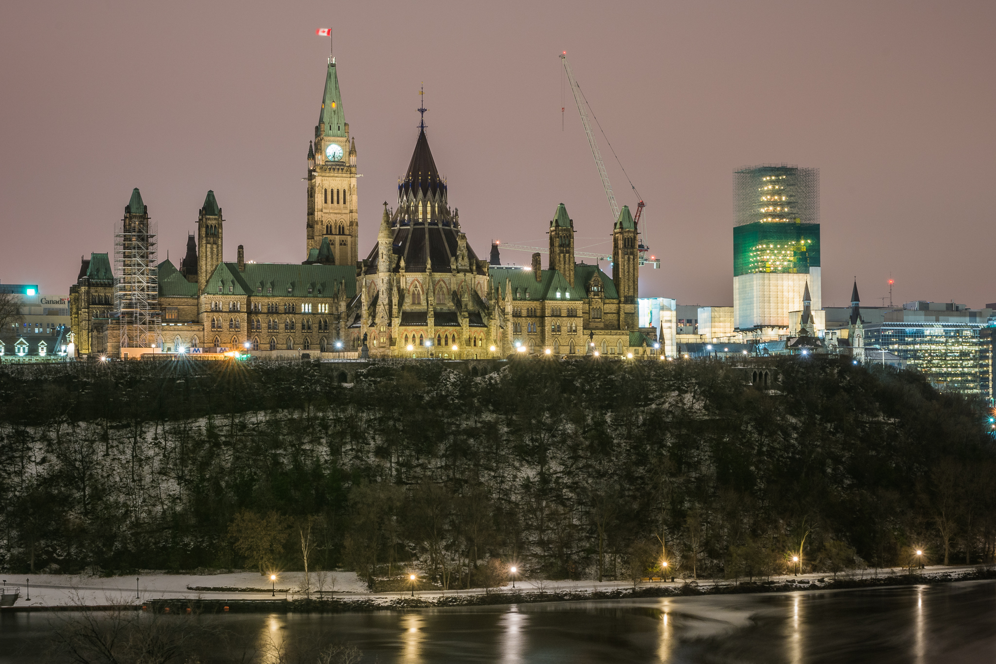 Parliament Hill at Night (61s, f/16, ISO100)