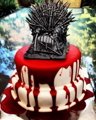 Blood Drenched GAME OF THRONES Wedding Cake     GeekTyrant