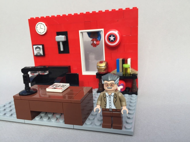 Excelsior LEGO Ideas Brings A Stan Lee Bust And Playset