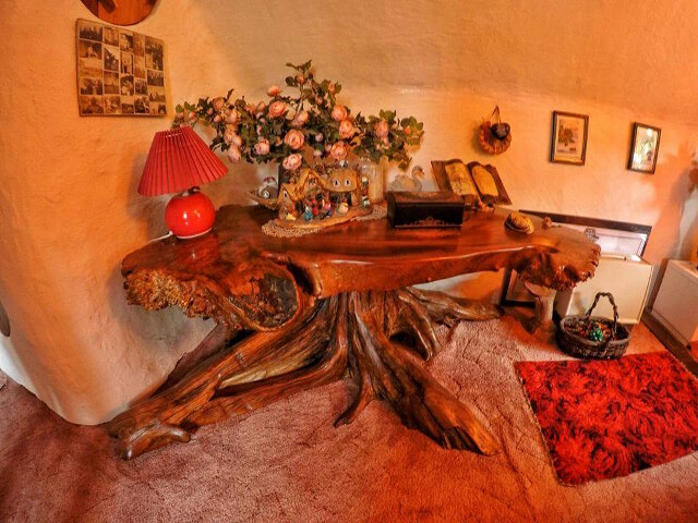 uncles-hobbit-house-8.jpg