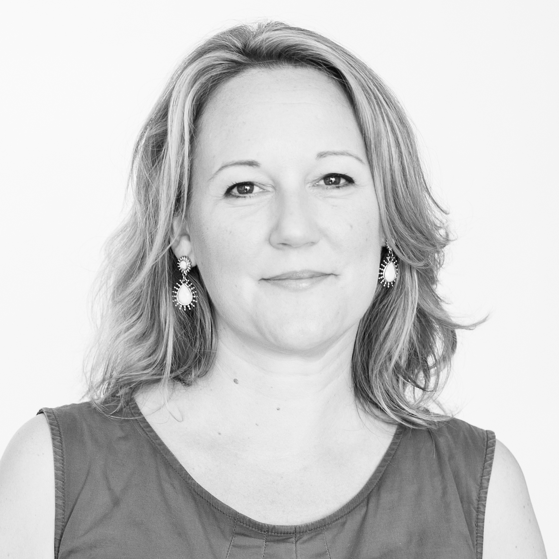 Katya Borowskiis a fundraising and communications professional based in the UK.