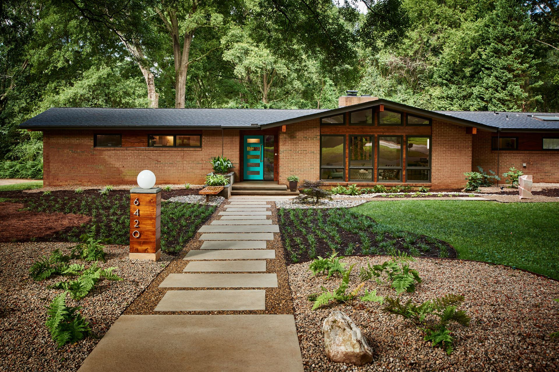 FEATURED LOCATION: Mid-Century Modern Ranch In North