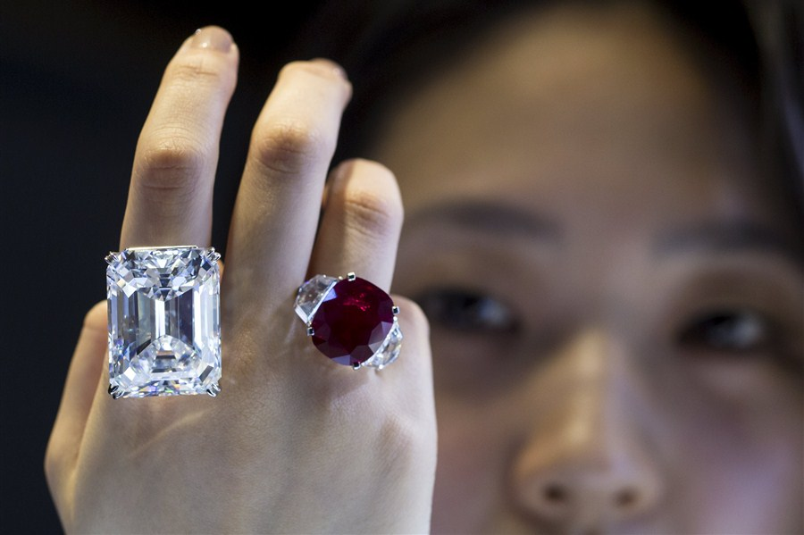 Sunrise Ruby Sold For A World Record Record Of 303