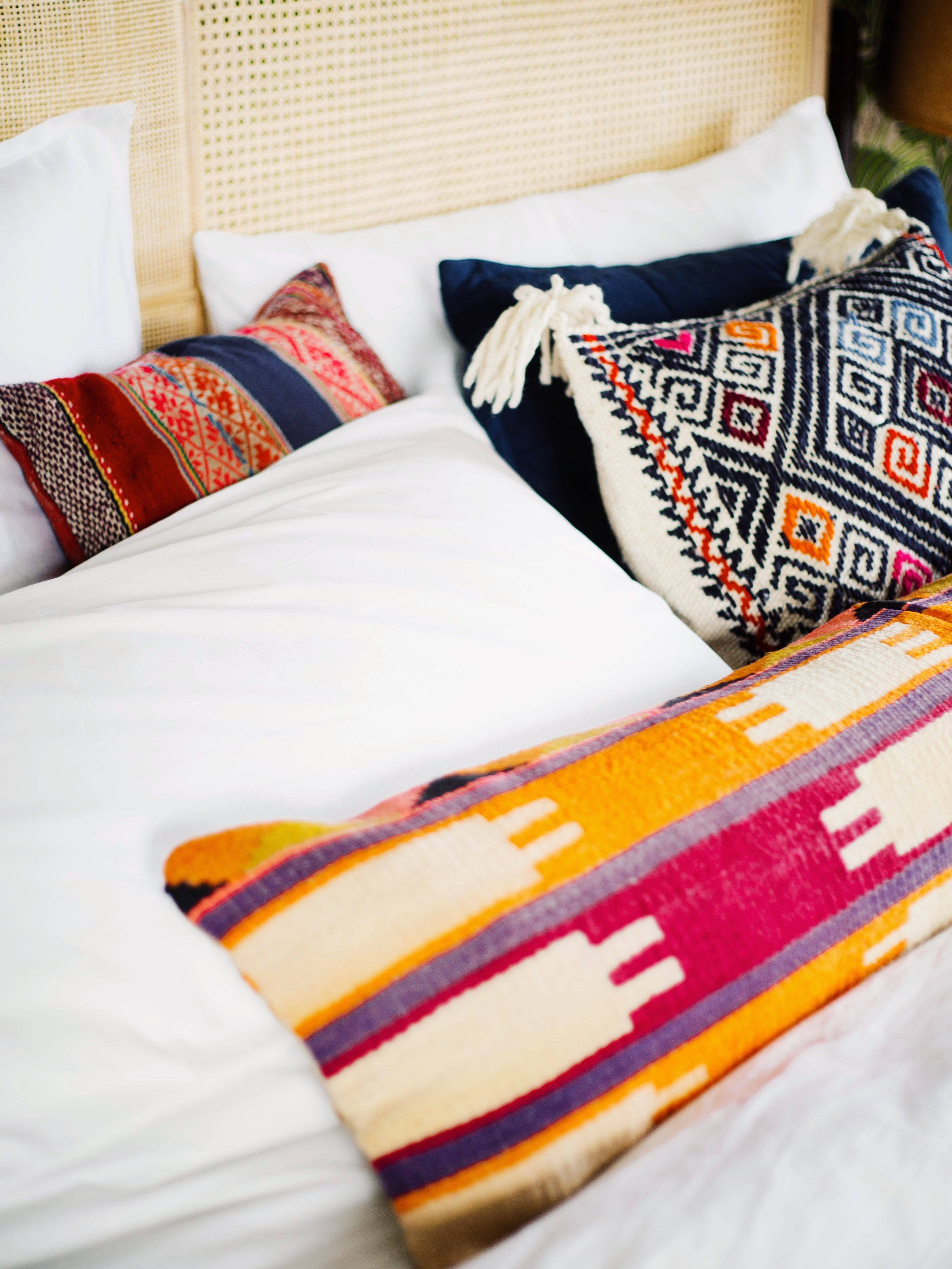 http www hepadecoracion mx 3 ways to style your pillows on a king size bed