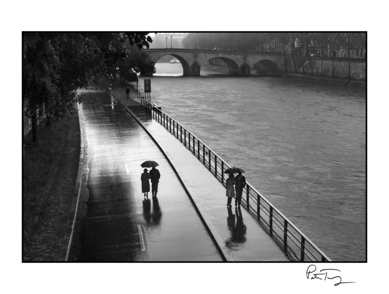 Photographic Prints     Peter Turnley Signed Fine Art Photographic Prints  ID  83      Paris  2013 span