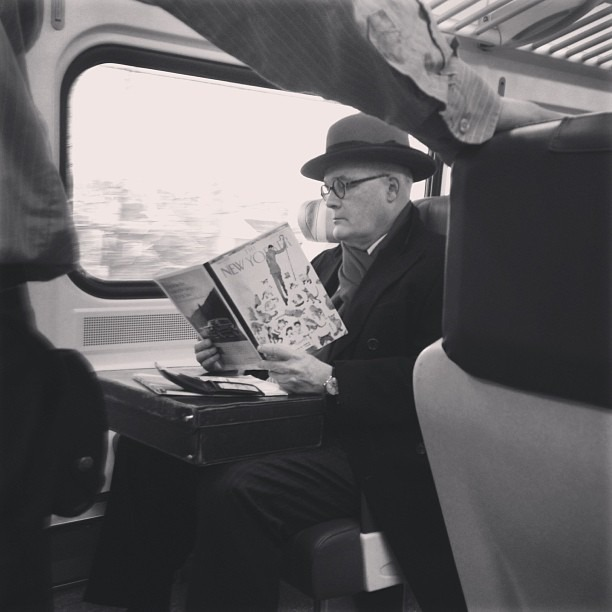 This image on @MetroNorthTweet is simply made for the @NewYorker.