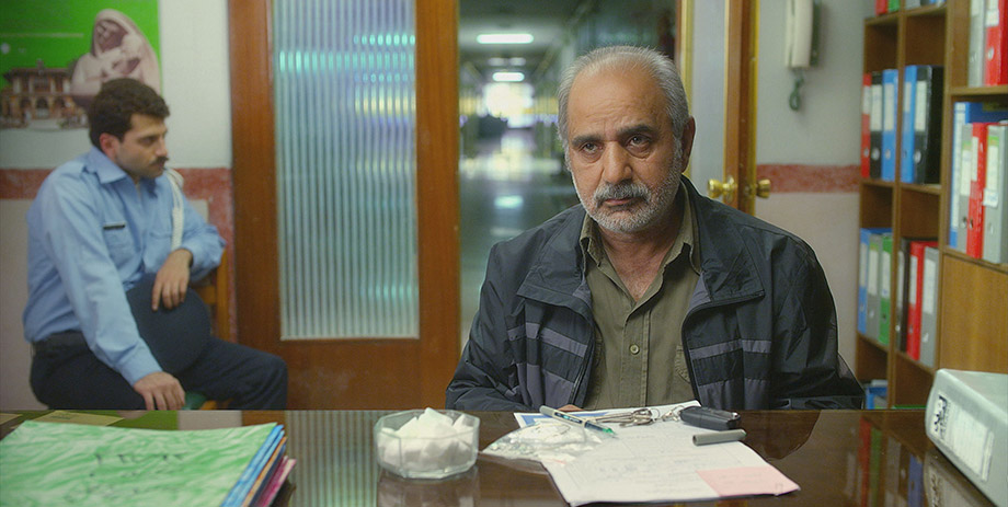 Parviz Parastuyi in Reza Mirkarimi's Today, Iran's submission for the 2014 Academy Awards