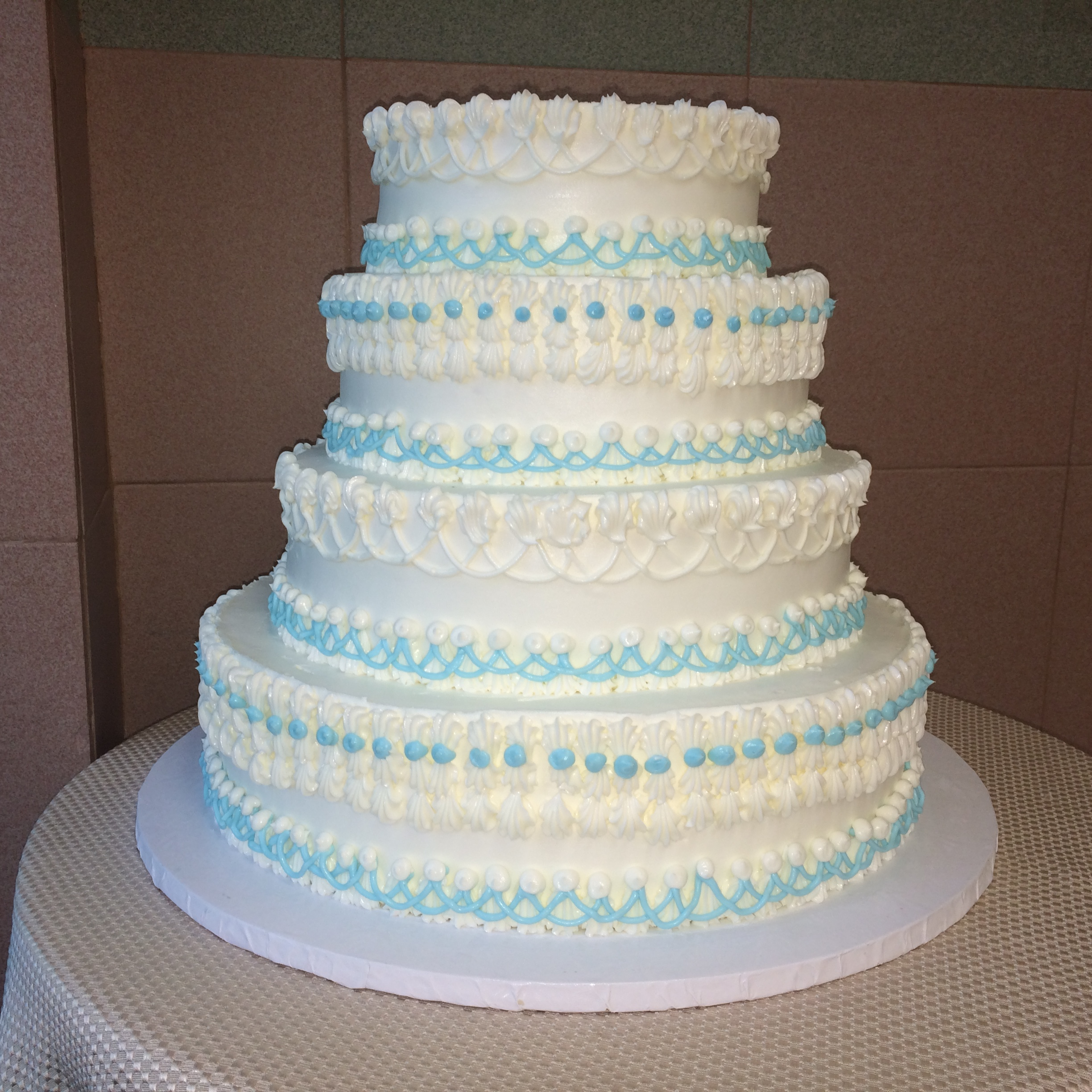 Classic Wedding Cakes     Sal   Dom s Pastry Shop 15 B in Light Blue