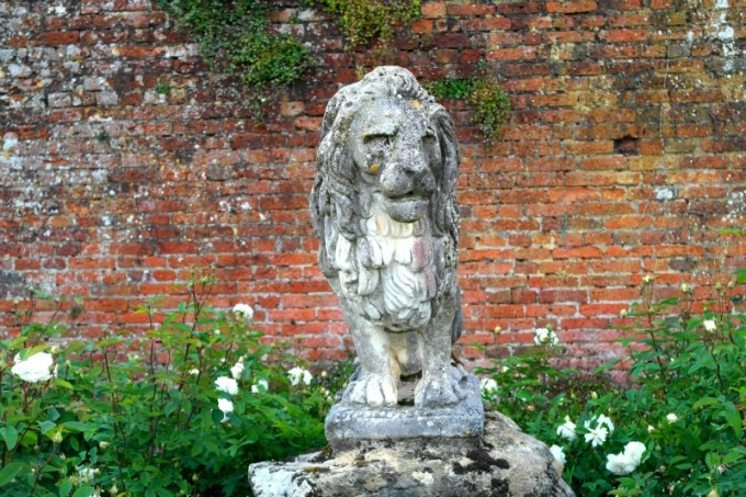 Lion stone statue at Marwell Zoo