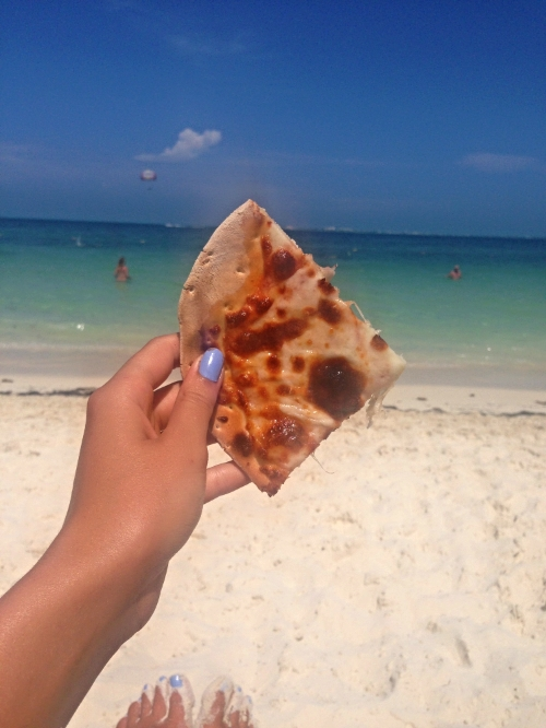 Had to share this...they had a walk up, wood fired pizza bar right on the beach...what more could you ask for!!
