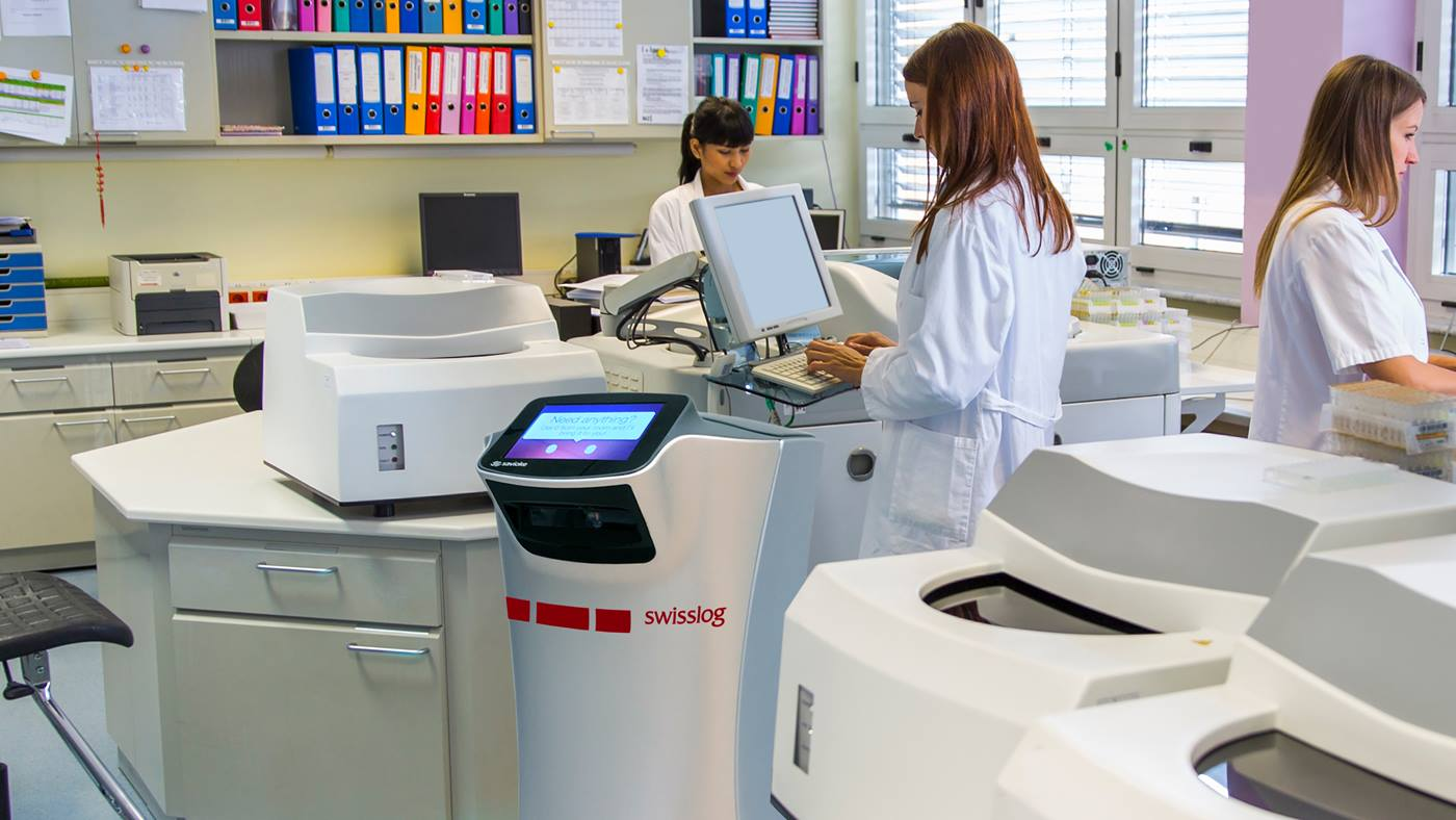 Savioke Robots deliver in Hospital