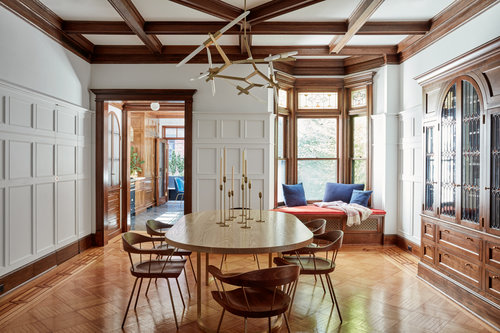 Mixing Design Genres II: Traditional Decor Gets A Modern ...