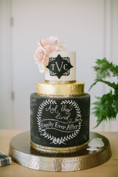 New Jersey s Wedding Cake Destination   The Vintage Cake love lightphotographs unveileduniversity 2015 preview 5 jpg