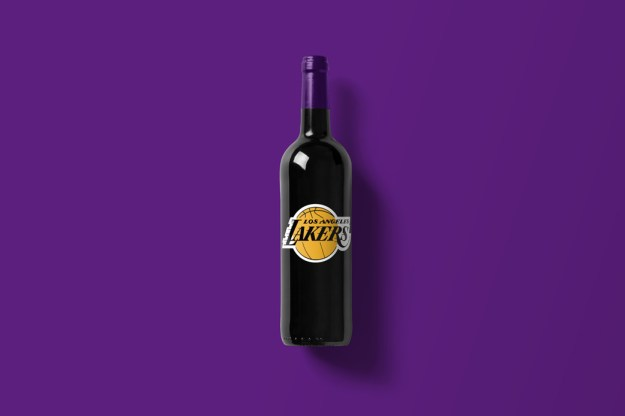 Wine-Bottle-Mockup_Lakers.jpg
