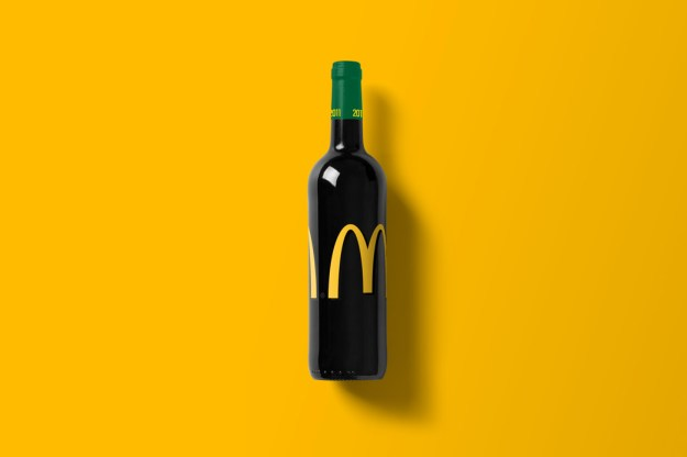 Wine-Bottle-Mockup_Mc-do.jpg