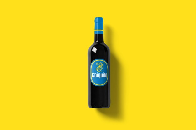 Wine-Bottle-Mockup_chiquita.jpg