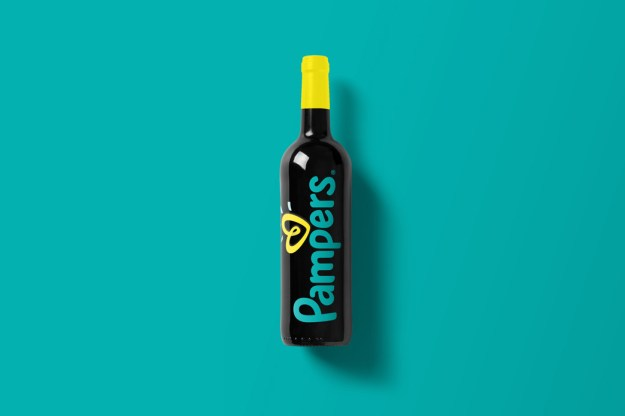 Wine-Bottle-Mockup_pampers.jpg