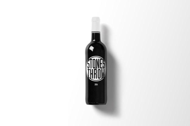 Wine-Bottle-Mockup_stones1.jpg