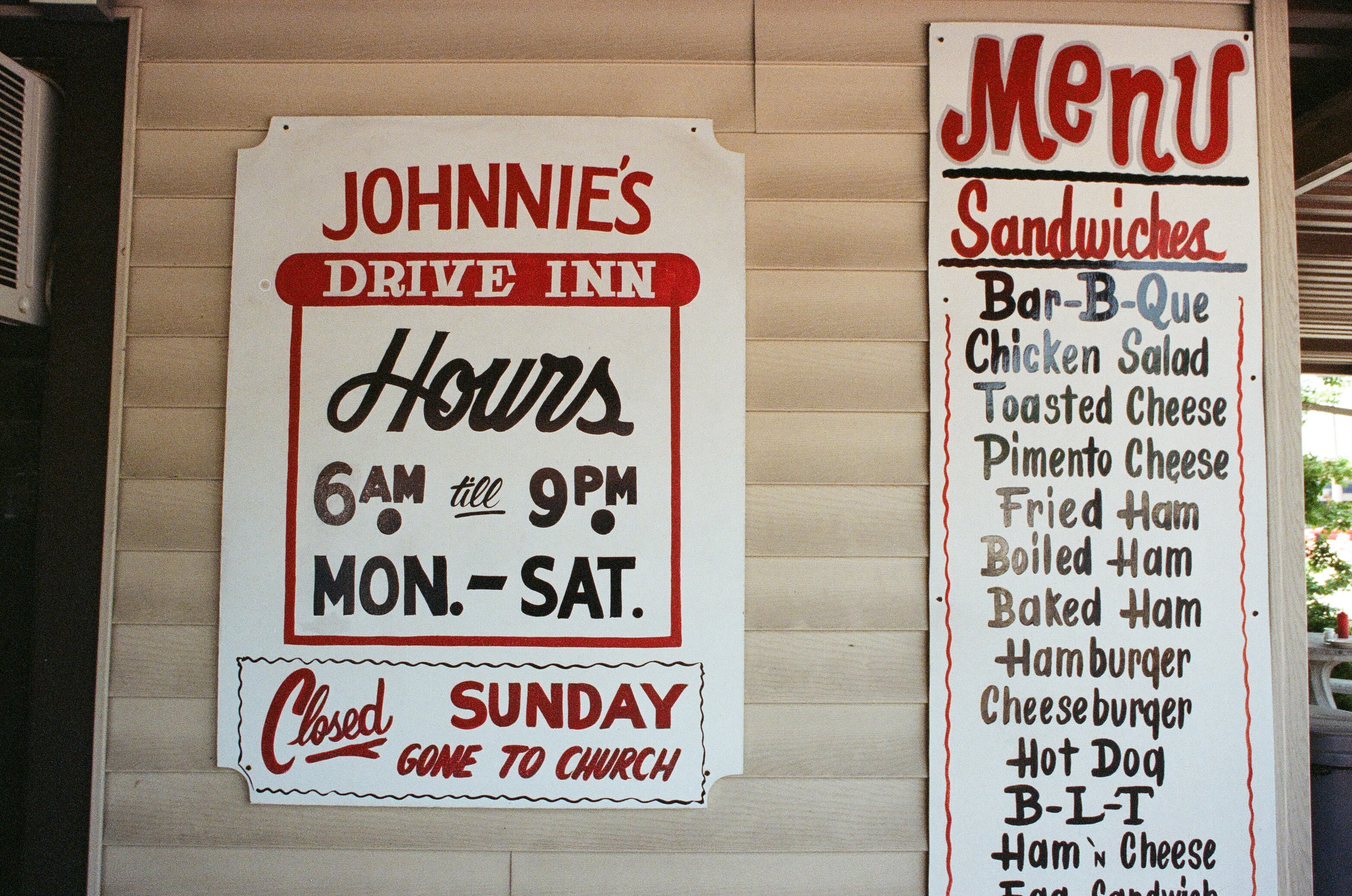 The menu at Johnnie's.