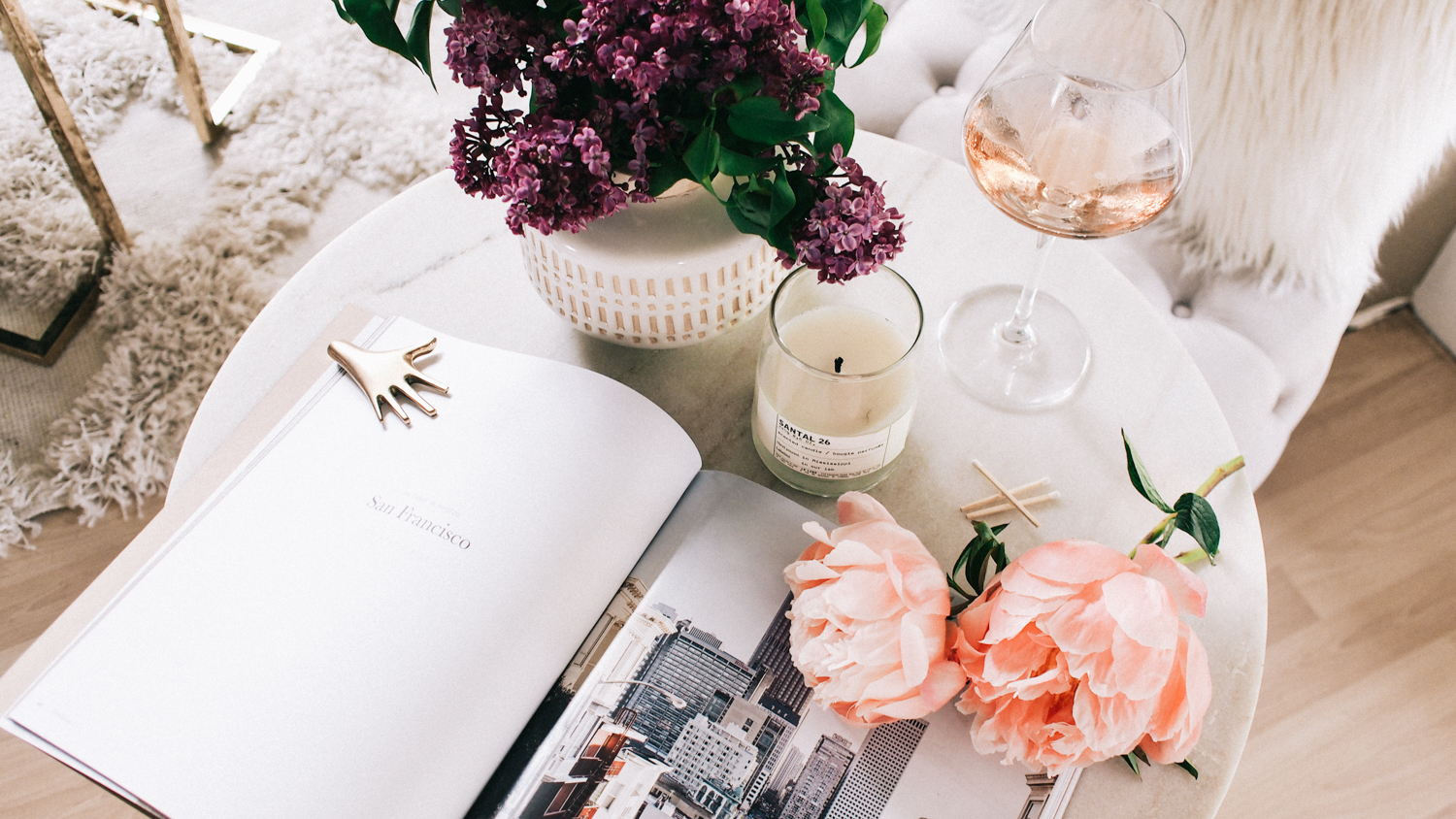 5 tips for styling your entry table