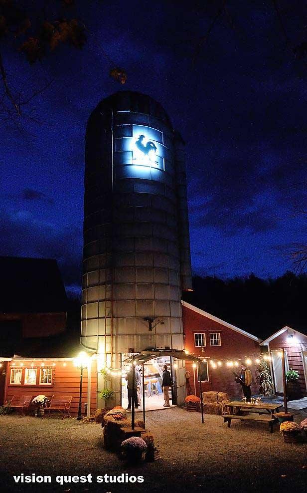KIM LEWIS DESIGNS Silo Bar For Chanteclaire Farm
