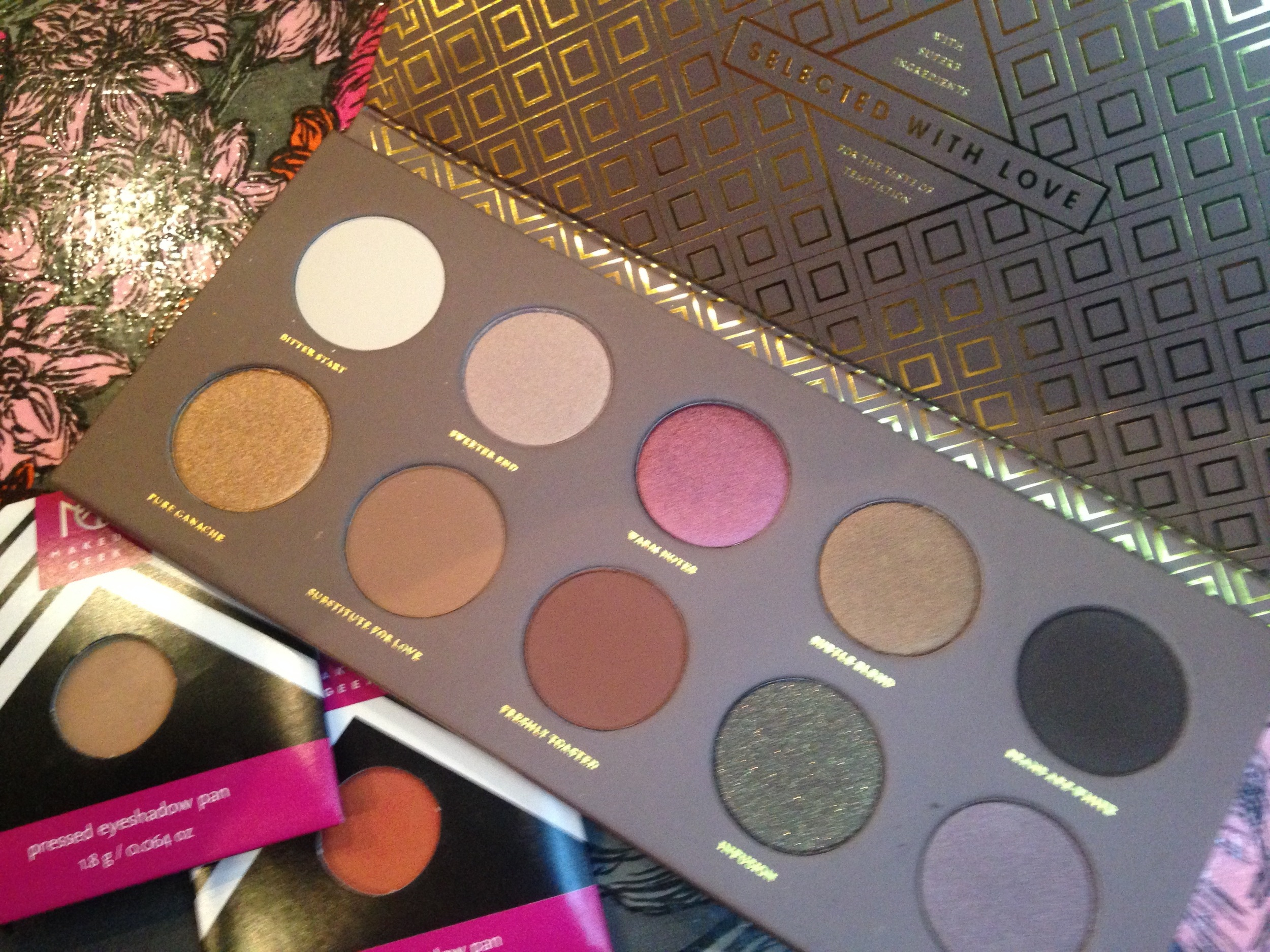 Make Up Geek eyeshadows in Creme Brulee (left) and Morocco and the Zoeva Cocoa Blend palatte