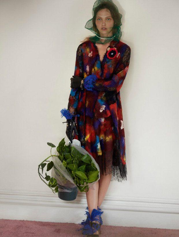 knitGrandeur: A Blur of Color