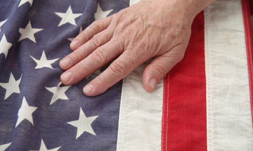Veterans-Eat-Free-at-These-Restaurants-on-Veterans-Day-2014
