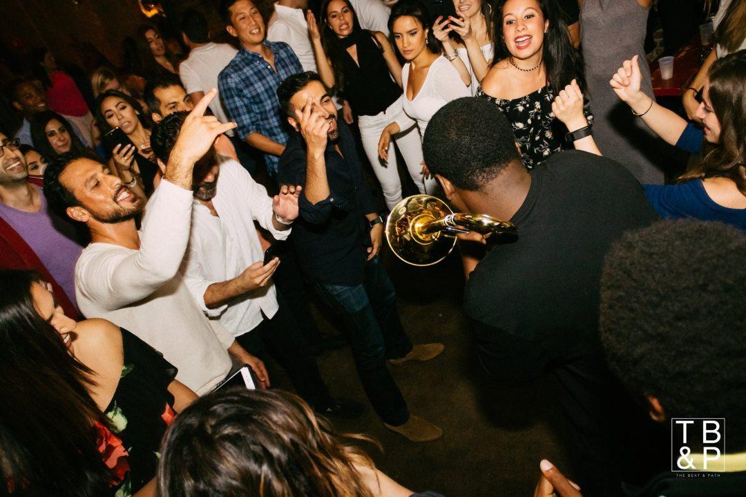 Washington DC Restaurants & Bars w/ Concerts & Live Music