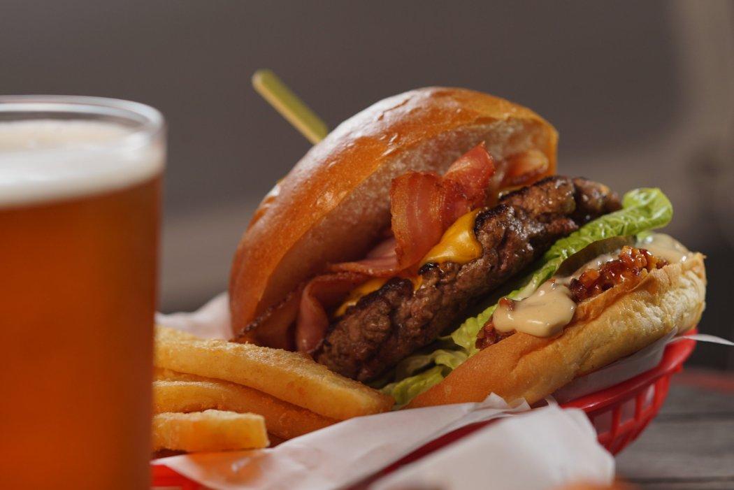 MO_burger.jpg