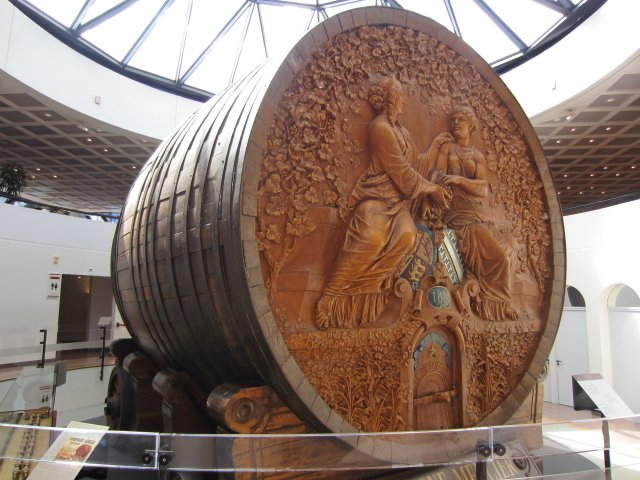 Cask used to transport Champagne to the world fair in Paris in 1889 Mercier