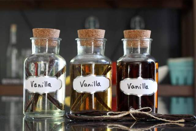 homemade vanilla.jpg