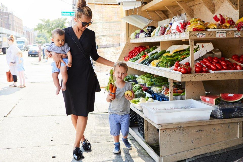 YOUNG MOM - Shane - 71210 IDA Dress in Black.jpg