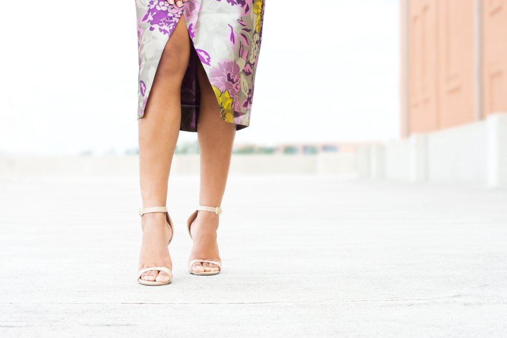 how to style a strappy sandal what to wear to wedding date night work best black fashion bloggers