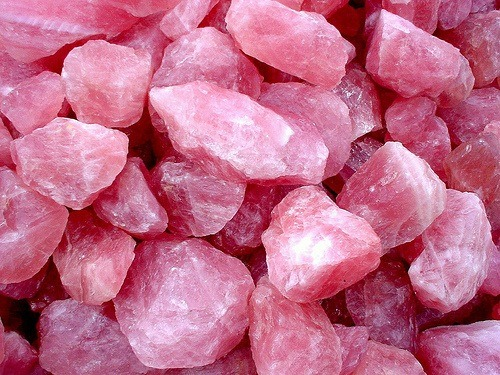 The Magical Healing Properties Of Rose Quartz Wild In Bliss