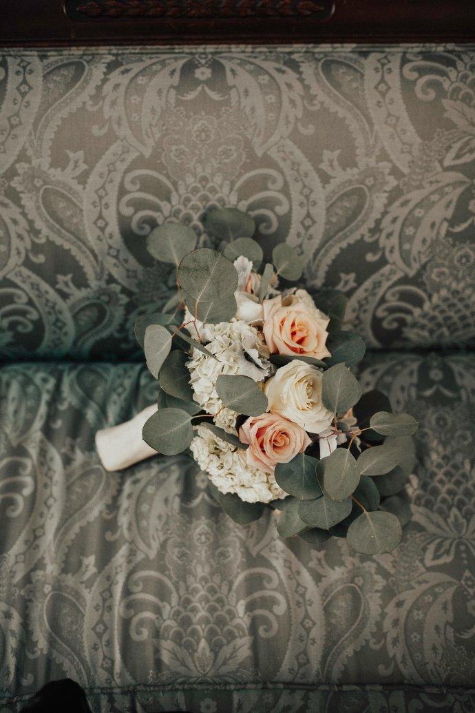 Florist: Chelish Moore