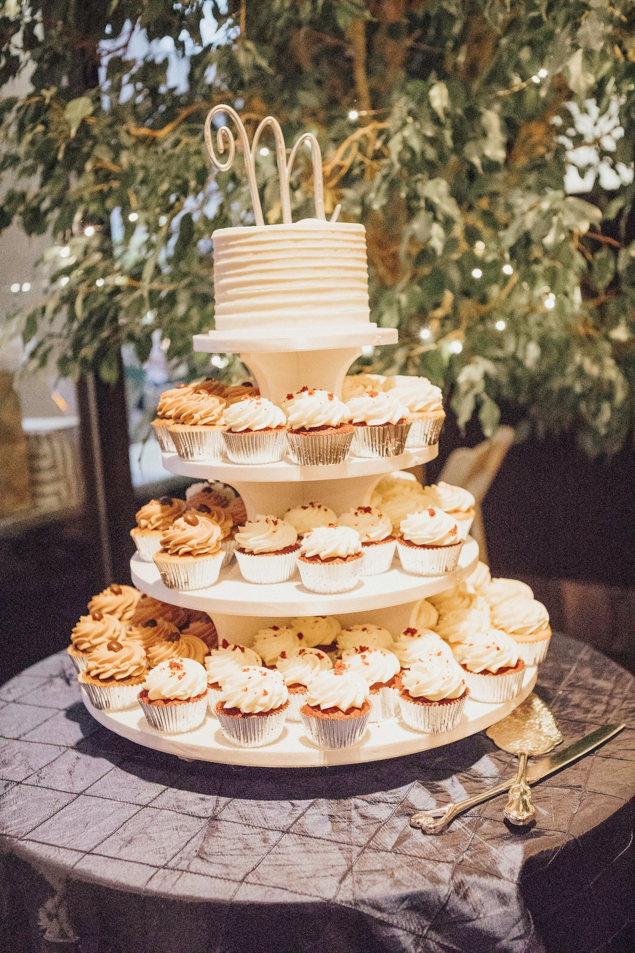 Cake: Ella's Celestial Cakery