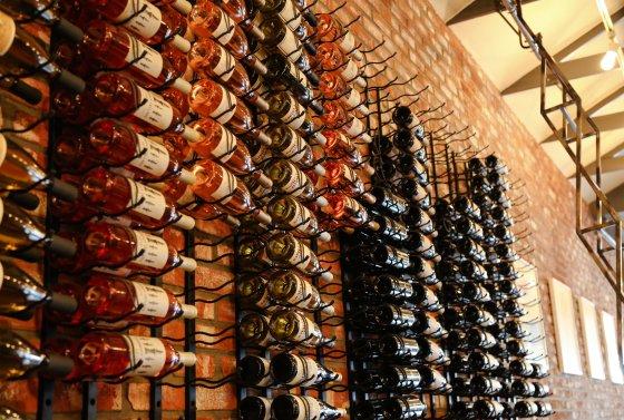 thomas-hill-organics-wine.jpg