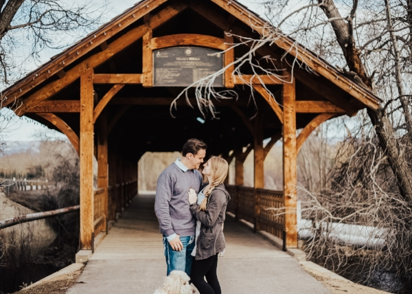 Photography | Couple | Lifestyle Photography | Coupe photography | Utah photographer | Engagement Photography | Engagement Photography Poses | Dellany Elizabeth
