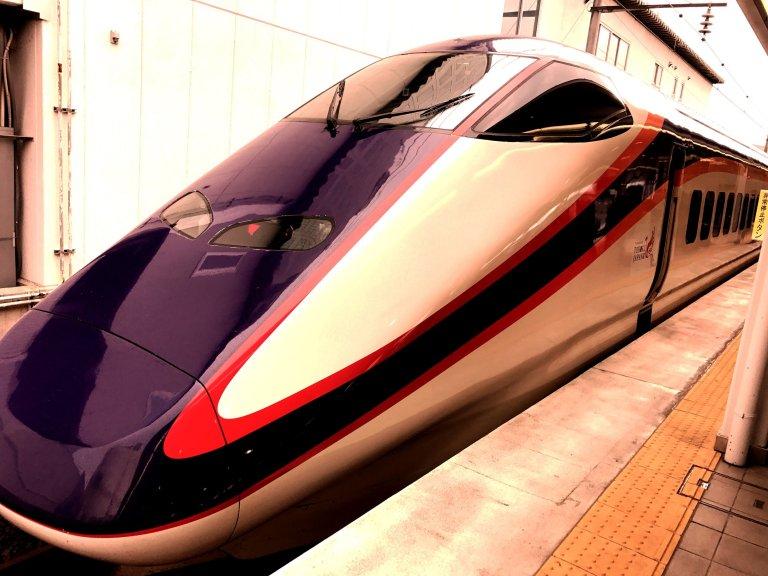 A 300 kph city transit